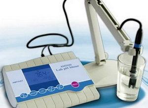 Alat pengukur pH amt620